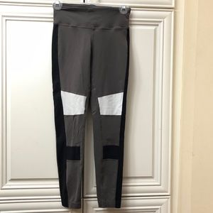 Reebok speedwick grey & black leggings
